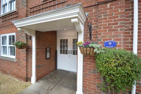 1 bedroom ground floor flat for sale - Norfolk House, County Court Road