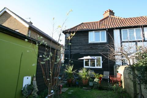 2 bedroom semi-detached house for sale - Albert Road, Deal