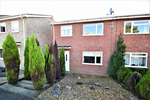 3 bedroom semi-detached house for sale - Elizabeth Way, Stowmarket