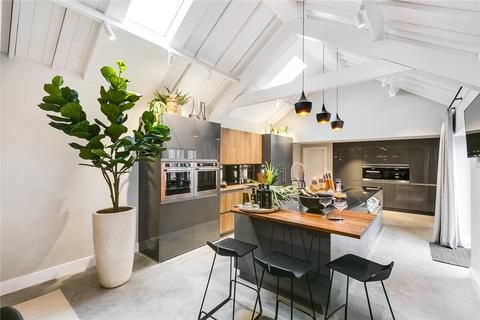 5 bedroom detached house for sale - Barnes Avenue, Barnes, London