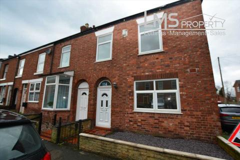 3 bedroom end of terrace house to rent - Weaver Street, Winsford
