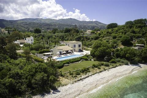 6 bedroom villa - Kassiopi, Corfu, Greece