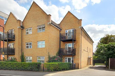 1 bedroom flat to rent - Barlow Road, W3