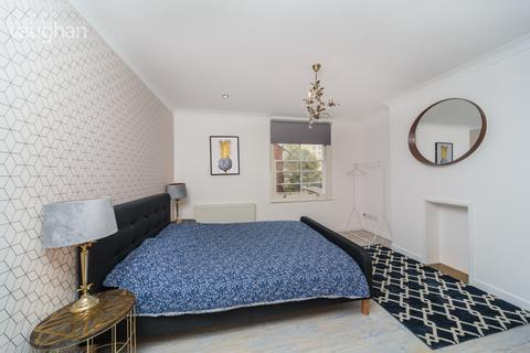 2 bedroom apartment to rent - St James Street, Brighton, BN2