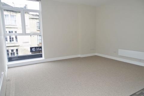 2 bedroom apartment for sale - Bank Street, Melksham