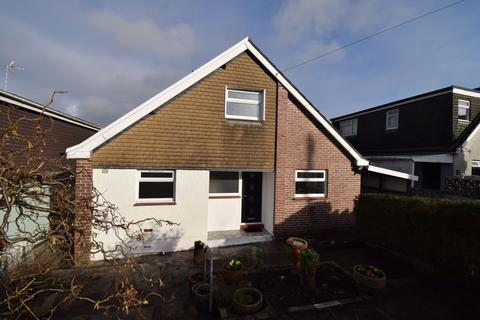 3 bedroom detached bungalow for sale - 34 Wernlys Road, Pen-Y-Fai, Bridgend, CF31 4NS