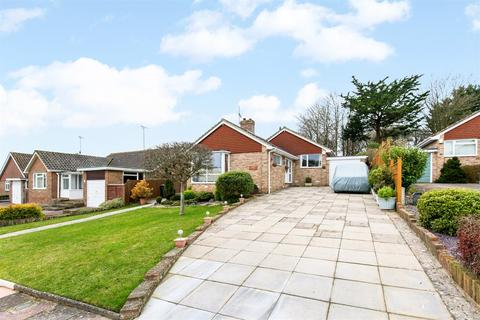3 bedroom detached bungalow for sale - West Way, High Salvington, West Sussex, BN13 3AY
