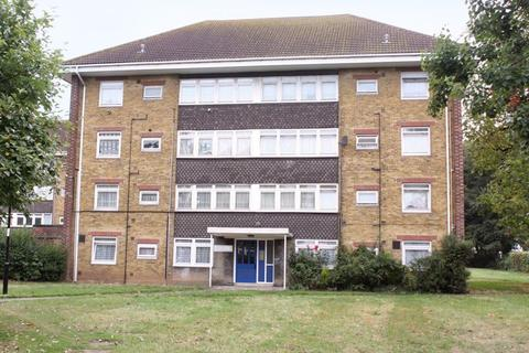 1 bedroom ground floor flat for sale - Redbridge