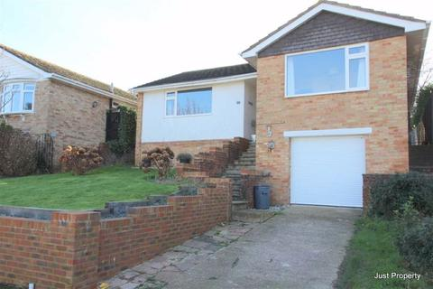 2 bedroom detached bungalow for sale - Lychgates Close, Bexhill On Sea