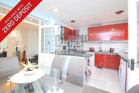 3 bedroom terraced house to rent - Newbury Avenue, Enfield