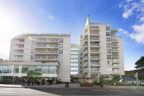 2 bedroom flat to rent - Swish, 73 Upper Richmond Road, Putney, SW15