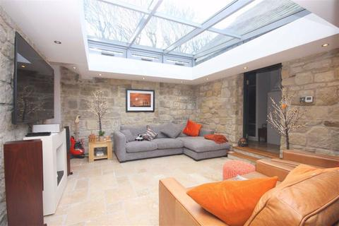 4 bedroom detached house for sale - Cemetery Lodge, Blyth Road, Whitley Bay, Tyne And Wear, NE26