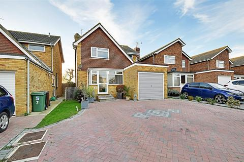 4 bedroom detached house to rent - Compton Close, Bexhill-On-Sea