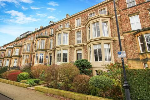 4 bedroom flat for sale - Priors Terrace, Tynemouth