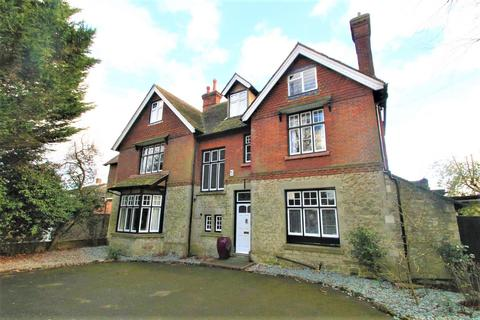 5 bedroom house for sale - Queens Avenue, Maidstone