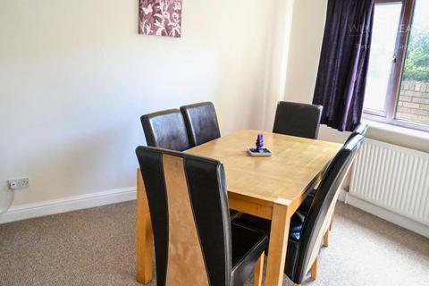 3 bedroom detached house to rent - Stanley Road, Buckley