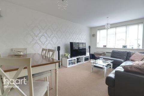 2 bedroom apartment for sale - Manor Road, Romford