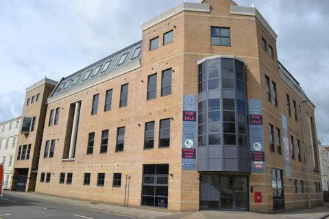 2 bedroom apartment to rent - Fitzalan House, Park Road, Gloucester, GL1 1LZ