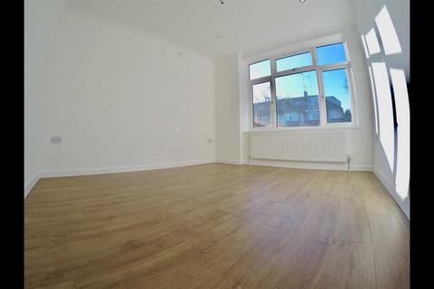 House share to rent - Balfour Road, Acton