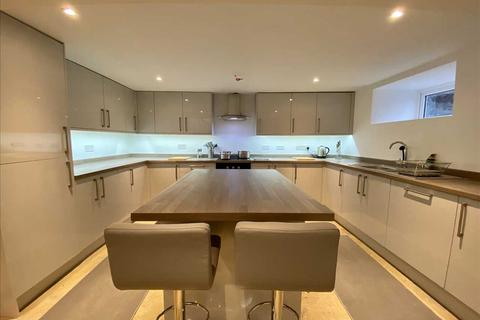 6 bedroom house to rent - Mount Gould Road, Plymouth