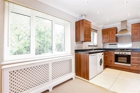 1 bedroom apartment to rent - The Avenue, Northwood, HA6 2NQ