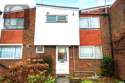 3 bedroom terraced house for sale - Beaumont Court, Cherry Close, Colindale, London, NW9