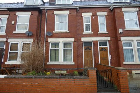 4 bedroom terraced house to rent - Ayres Road, Old Trafford