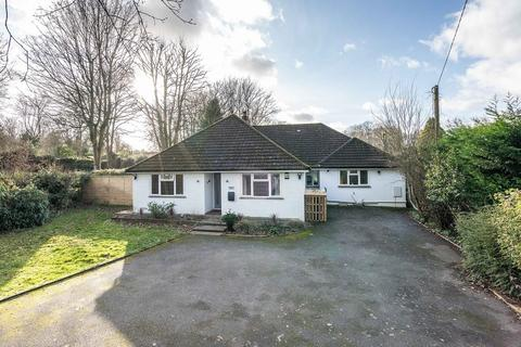 4 bedroom chalet for sale - Beautifully presented & plenty of potential to extend STPP