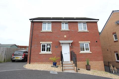 3 bedroom detached house for sale - White Farm, Barry