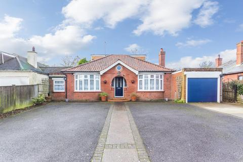3 bedroom detached house for sale - London Road, DEAL