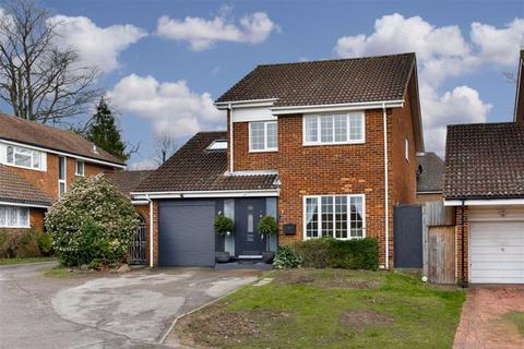 5 bedroom detached house for sale - Geralds Grove, Banstead, Surrey