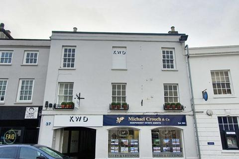 Property to rent - Market Square, Bicester