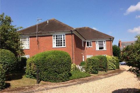 2 bedroom flat to rent - Allison House, St Andrews Road, Henley, RG9 1HS