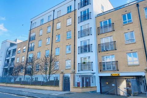 1 bedroom flat for sale - Granite Apartments, 39 Windmill Lane, London, E15