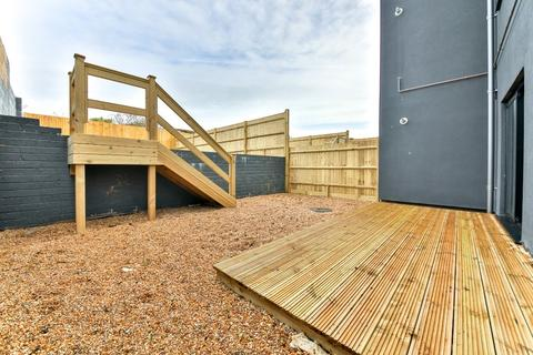 2 bedroom flat for sale - Sunset, South Coast Road, Peacehaven, East Sussex, BN10