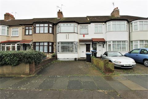 3 bedroom house - Rylston Road, London, N13