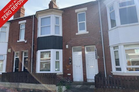 3 bedroom flat to rent - Westcott Road, South Shields