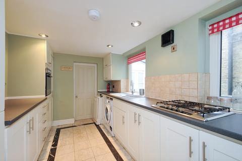 4 bedroom house to rent - Sudlow Road Wandsworth SW18
