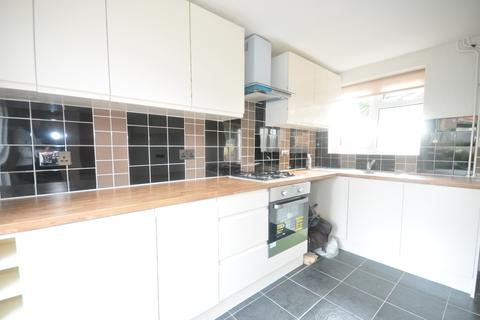 3 bedroom terraced house to rent - Holly Hill Road Belvedere DA17