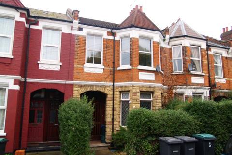 3 bedroom maisonette for sale - Lyndhurst Road, London, N22