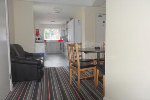 5 bedroom house share to rent - Prior Deram Walk