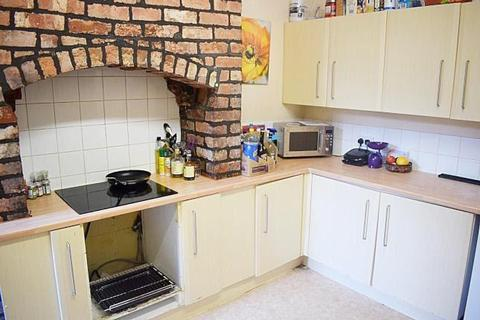 4 bedroom house share to rent - Beech Grove