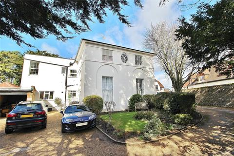 2 bedroom apartment for sale - Greypoint House, The Square, Findon, Worthing, BN14
