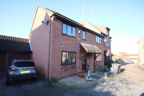 2 bedroom house to rent - Hallowell Down, South Woodham Ferrers, Chelmsford, CM3