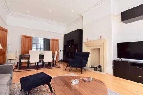 3 bedroom flat to rent - Lancaster Gate, London