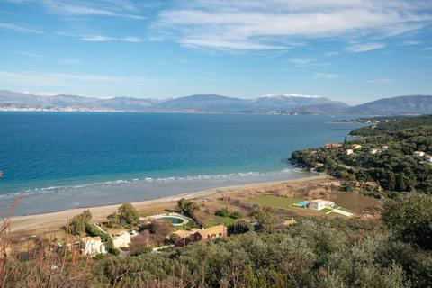 6 bedroom house - Kassiopi, Corfu, Greece