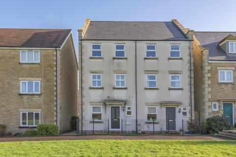 3 bedroom townhouse for sale - Swaledale Road, Warminster