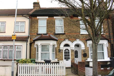 2 bedroom terraced house for sale - Hainault Road, Chadwell Heath, RM6