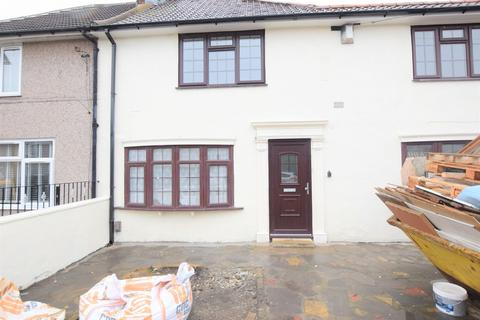 3 bedroom end of terrace house to rent - Reede Road, Dagenham