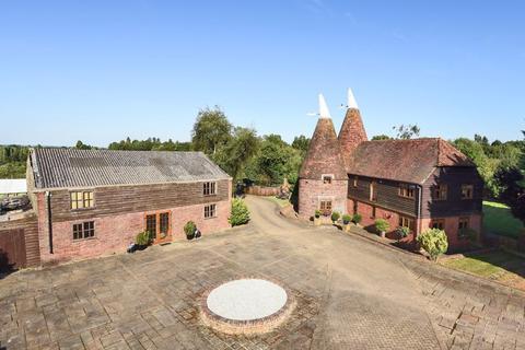5 bedroom equestrian property for sale - Hastings Road, Kippings Cross